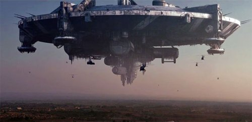 District 9 UFO